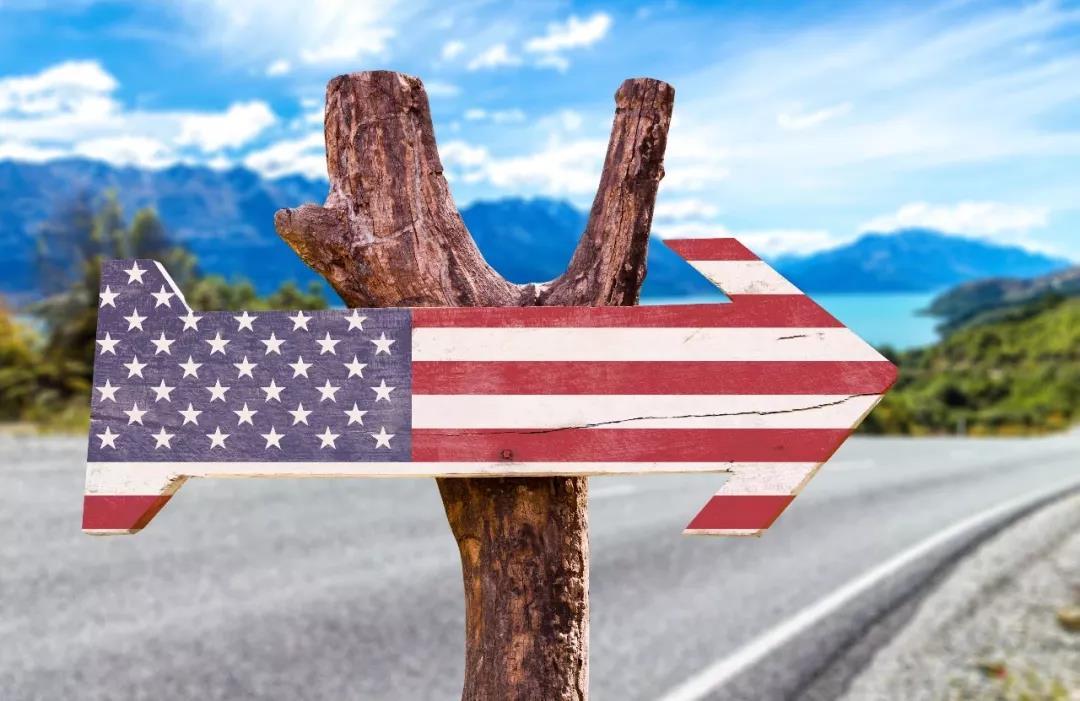 """重磅!特朗普签署""""暂停赴美移民""""行政令"""